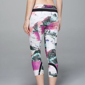 lululemon Printed Luxtreme Inspire Crops Size 2